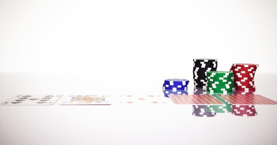 Understand the Blackjack Soft 17 Rule in Online Gambling